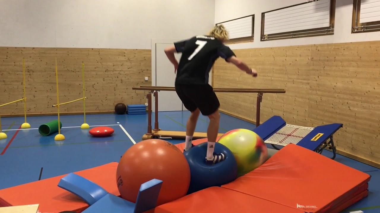 フリースキーヤーの驚異の身体能力 アンドリ・ラゲットリがアジリティトレーニングの様子を公開
