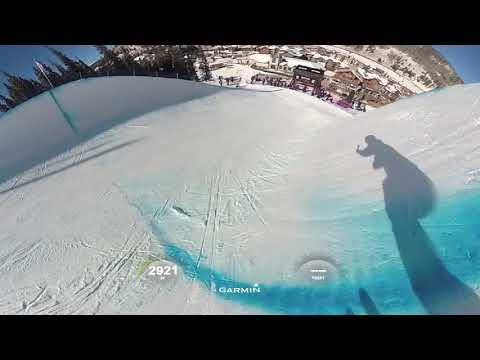 スキーのハーフパイプのバーチャル体験!!