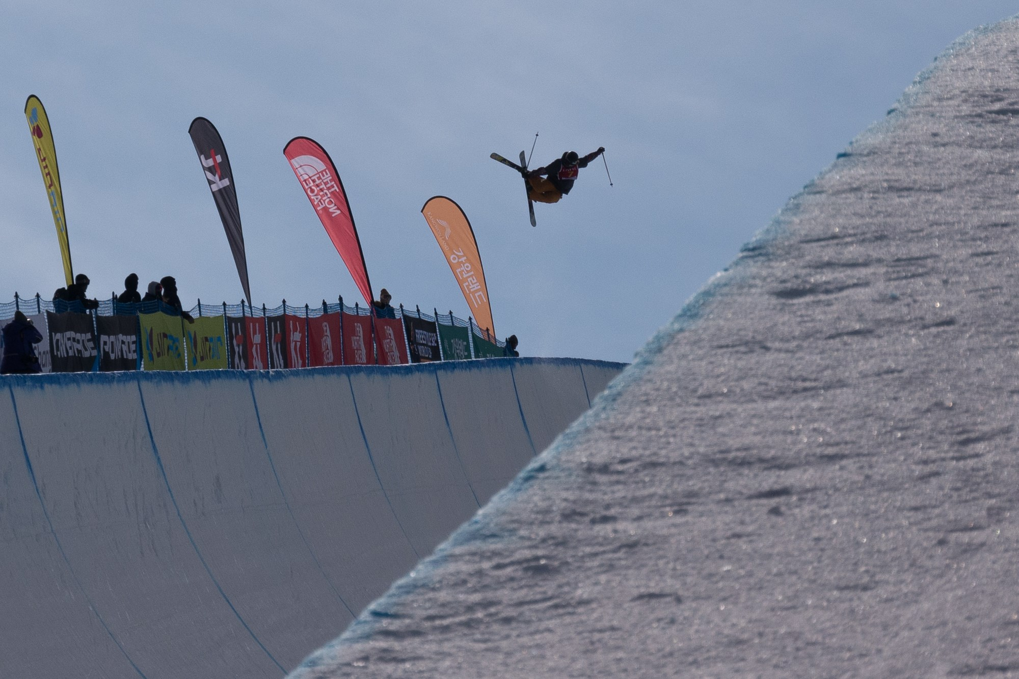 小野塚彩那が5位通過! 平昌オリンピックのフリースタイルスキー女子ハーフパイプ予選!